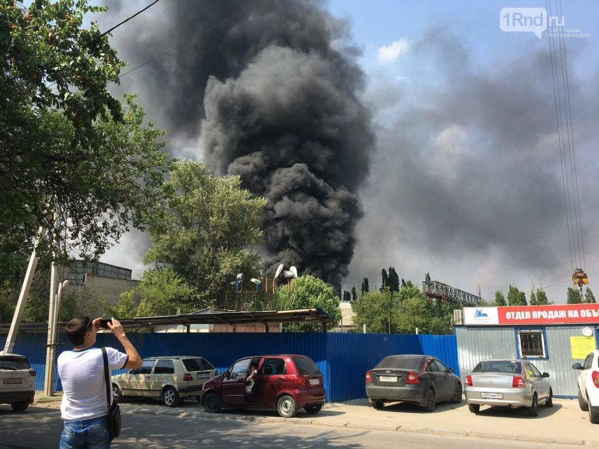 В Ростове на территории бывшего завода «Электроаппарат» произошел пожар, фото-8, Фото: соцсети