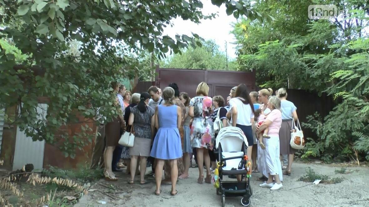 В центре Ростова люди боятся за свои жизни и жилье, фото-9