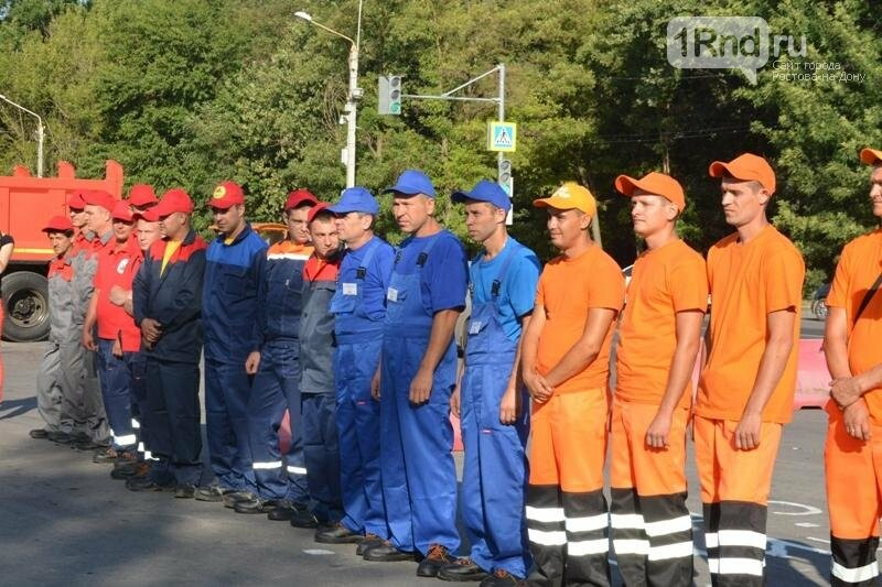 В Ростове выбрали лучших водителей коммунальной техники , фото-1, Фото пресс-службы мэрии Ростова
