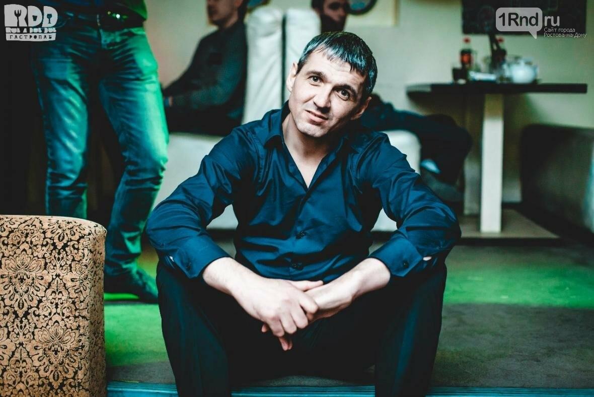 Фото из личной страницы в Сети Дмитрия Захаренкова