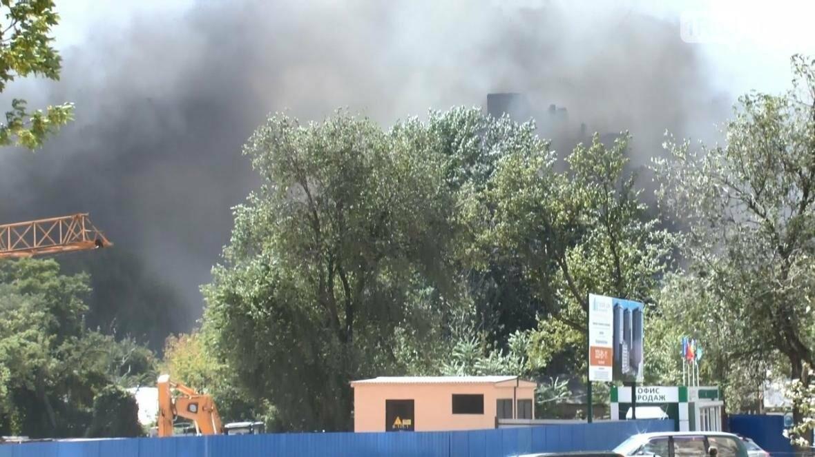 Ростовские коммунальщики рассказали, как начинался пожар 21 августа, фото-3