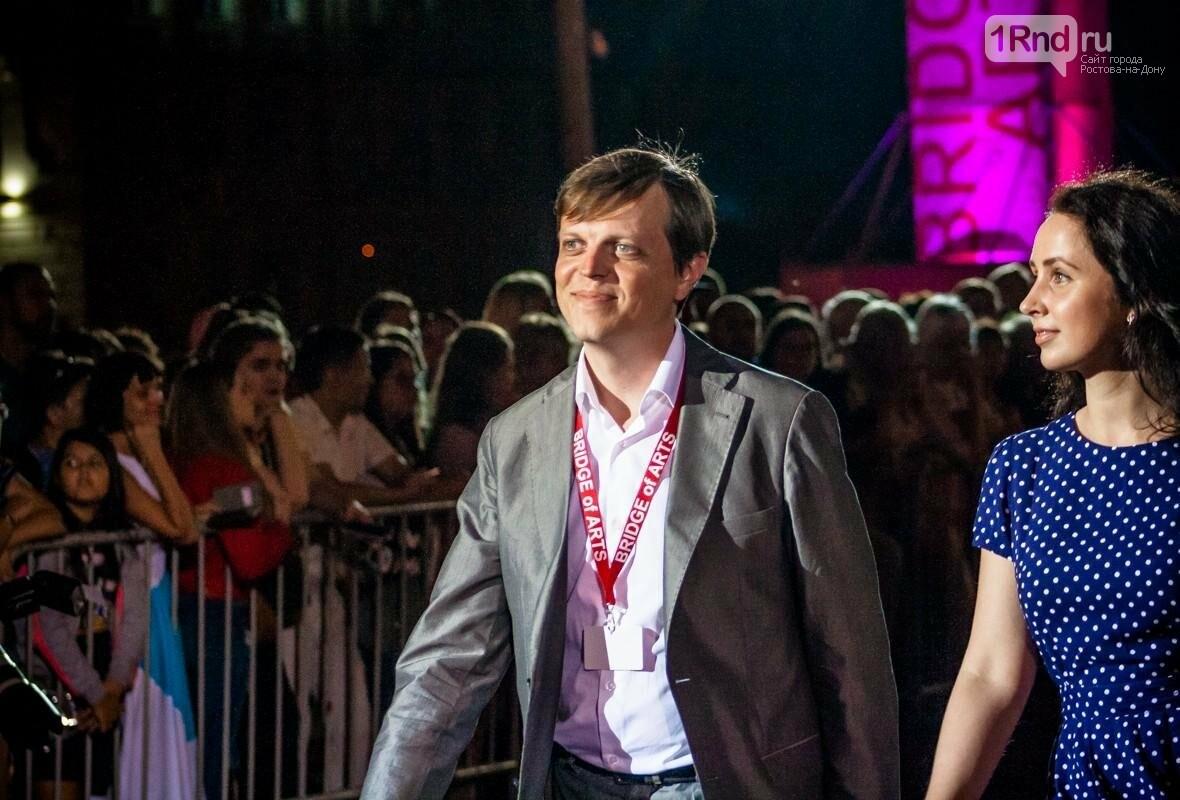 В Ростове прошла церемония открытия фестиваля «Bridge of Arts 2017», фото-14, Фото: Саша Савичева / 1rnd.ru