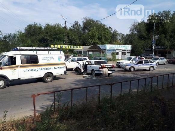 В Таганроге в массовой аварии пострадал 58-летний мужчина, фото-1, Фото:Владимир Кабицкий