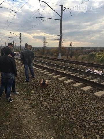В Ростове-на-Дону электричка сбила 12-летнюю девочку, фото-1