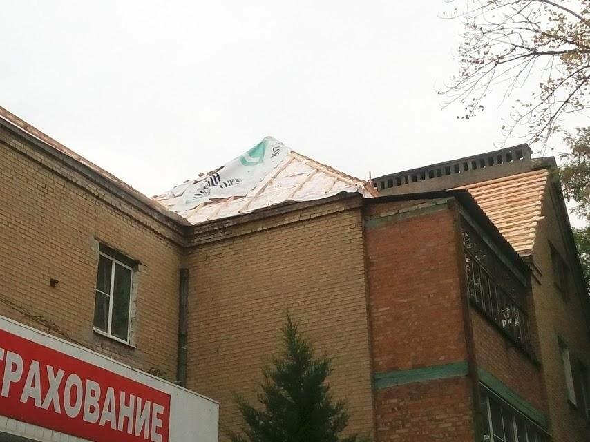 Рухнул потолок, залило квартиры: дому на Буденновском, 102 потребуется ремонт после капремонта, фото-4
