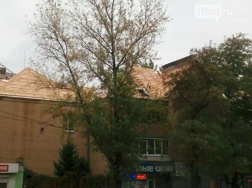 Рухнул потолок, залило квартиры: дому на Буденновском, 102 потребуется ремонт после капремонта, фото-5