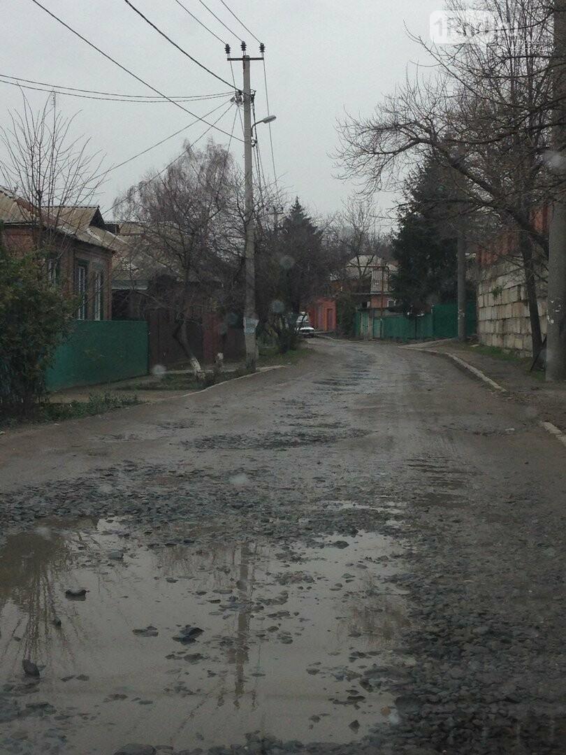 Ростовчане пожаловались на грязь, мусор и коммунальщиков, фото-1