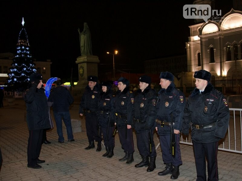 Охрану порядка вРождественскую ночь обеспечивали практически 700 полицейских