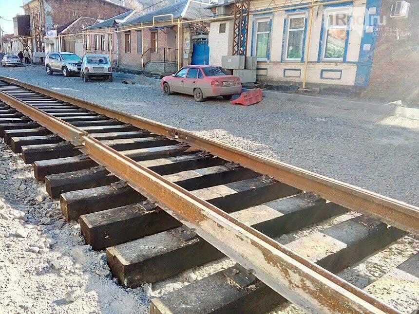 Первые рельсы и тротуары появились на улице Станиславского в Ростове, фото-2