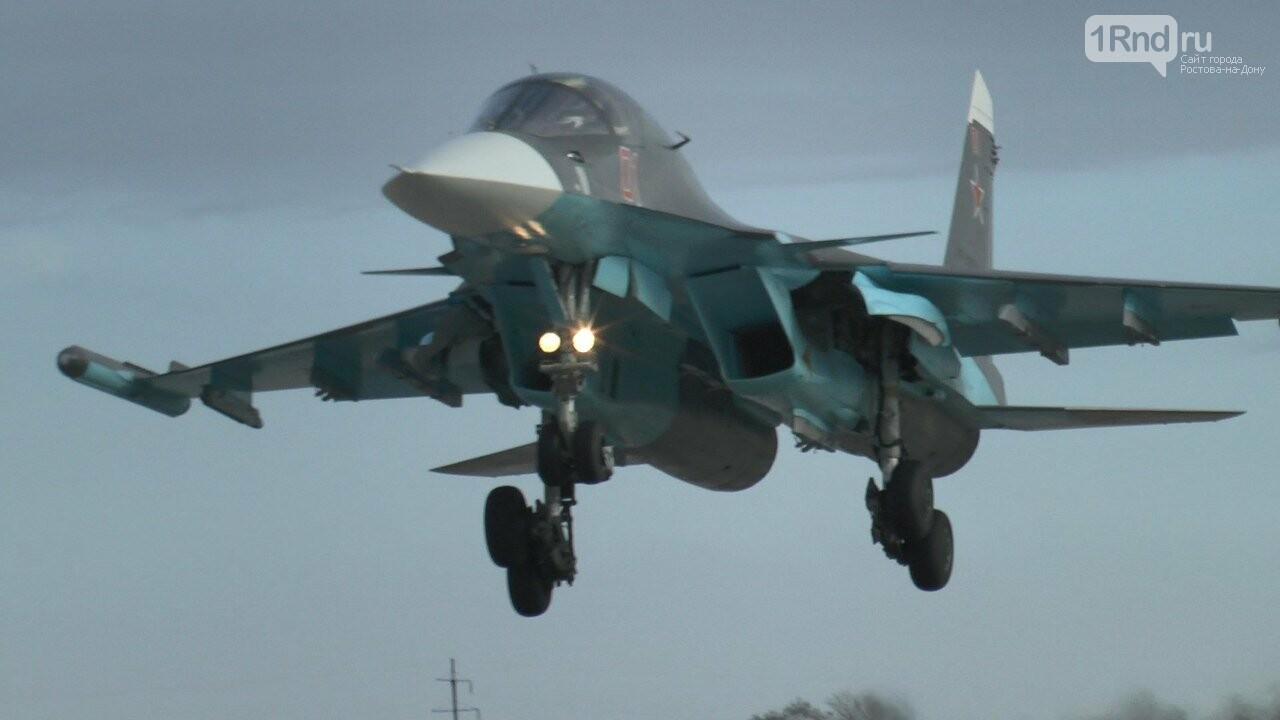 Видео из кабины пилота: как истребители садились на ростовскую трассу, фото-11