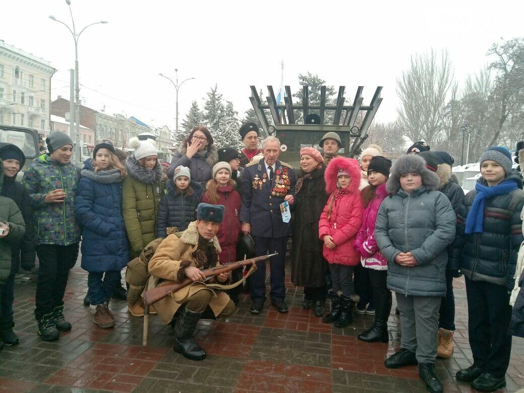 День освобождения Ростова начали с песен военных лет и солдатской каши, фото-10, Фото: Сабина Бондарь / 1rnd.ru