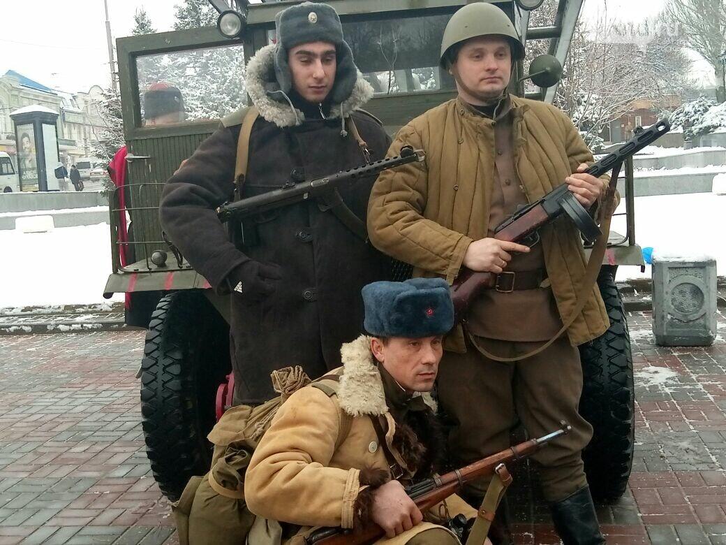 День освобождения Ростова начали с песен военных лет и солдатской каши, фото-7, Фото: Сабина Бондарь / 1rnd.ru