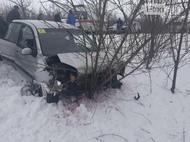 В смертельном ДТП под Ростовом погиб 30-летний мужчина, фото-1