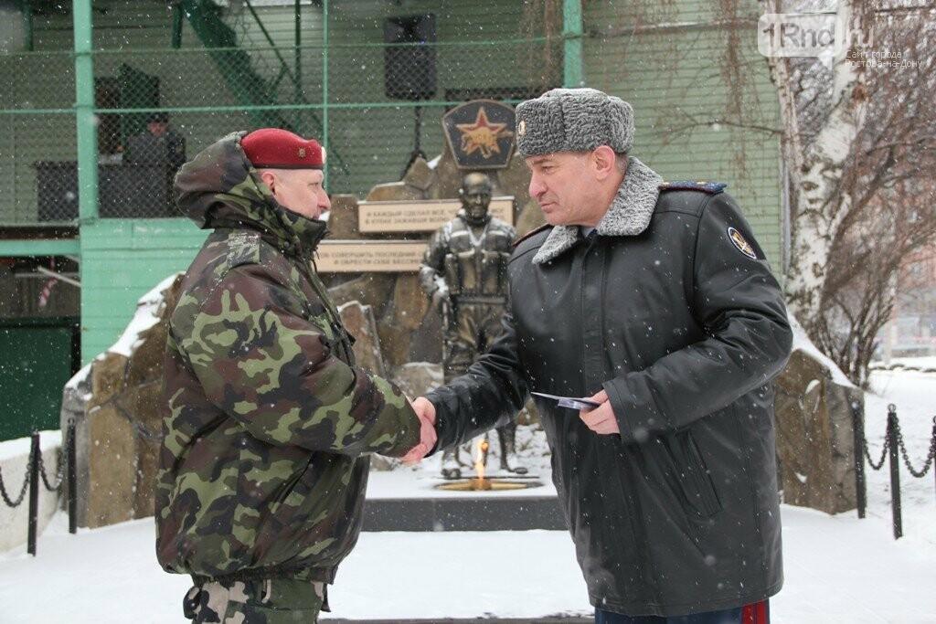 Взрывы,танки, автоматы: в Ростове спецназовцы отметили 27 годовщину ярким шоу, фото-3