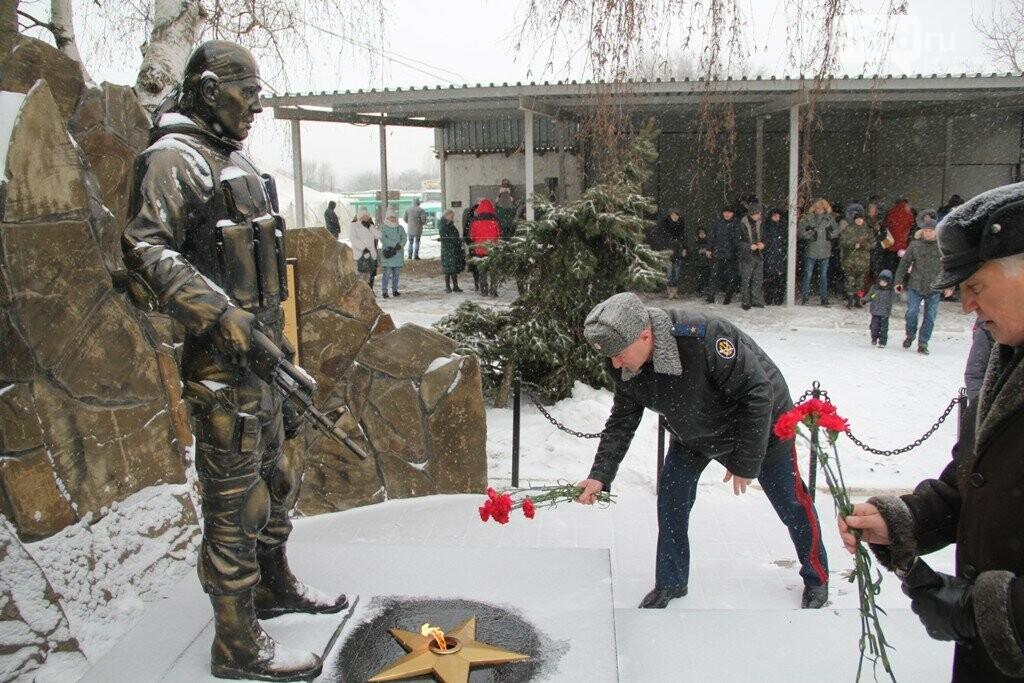 Взрывы,танки, автоматы: в Ростове спецназовцы отметили 27 годовщину ярким шоу, фото-1