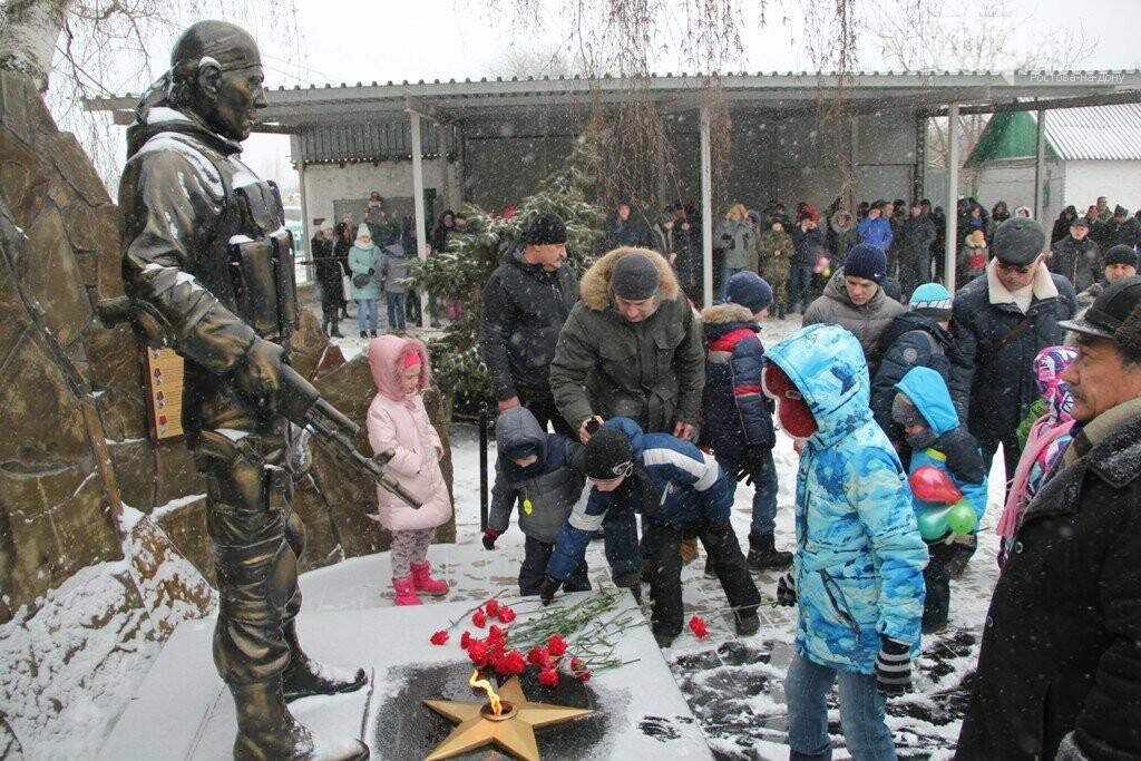 Взрывы,танки, автоматы: в Ростове спецназовцы отметили 27 годовщину ярким шоу, фото-2