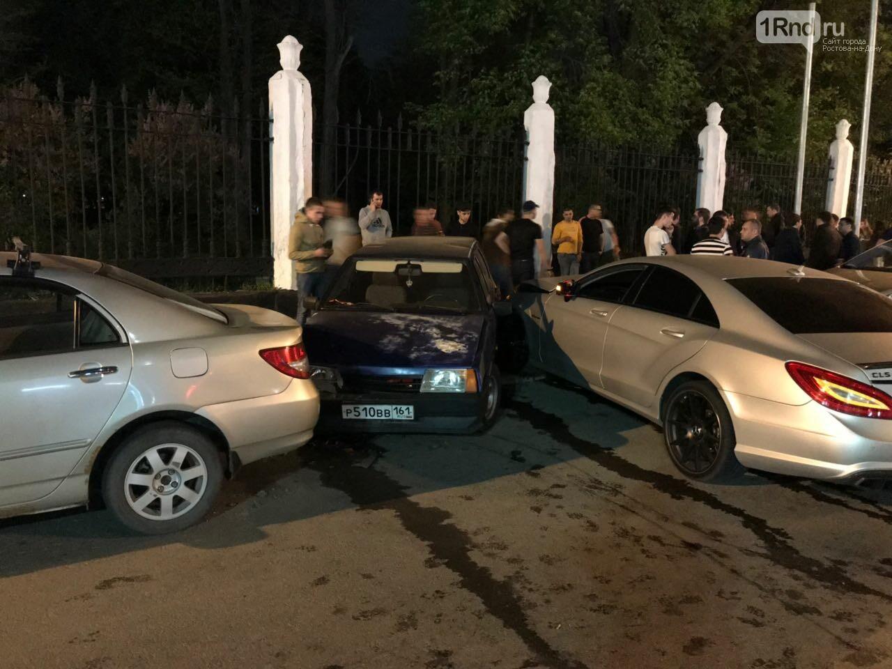 Новые подробности: виновником массовой аварии на Театральной площади стал иностранец, фото-3, Фото: предоставлено очевидцем