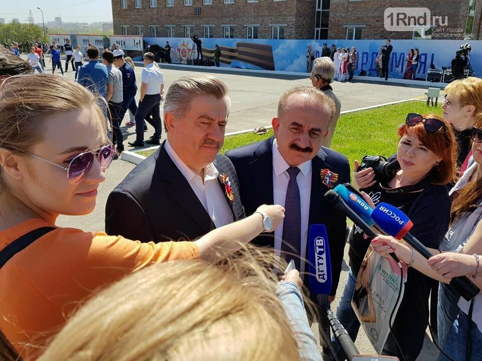 Ростовские студенты прошли парадным маршем перед ветеранами, фото-7