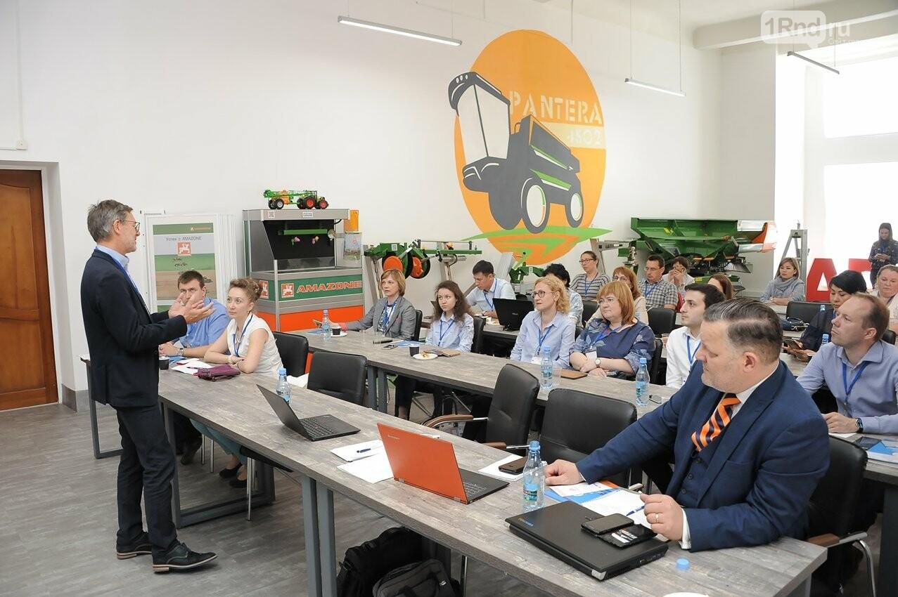 Как готовить нужные Ростову и области кадры, обсудили эксперты из восьми стран, фото-1