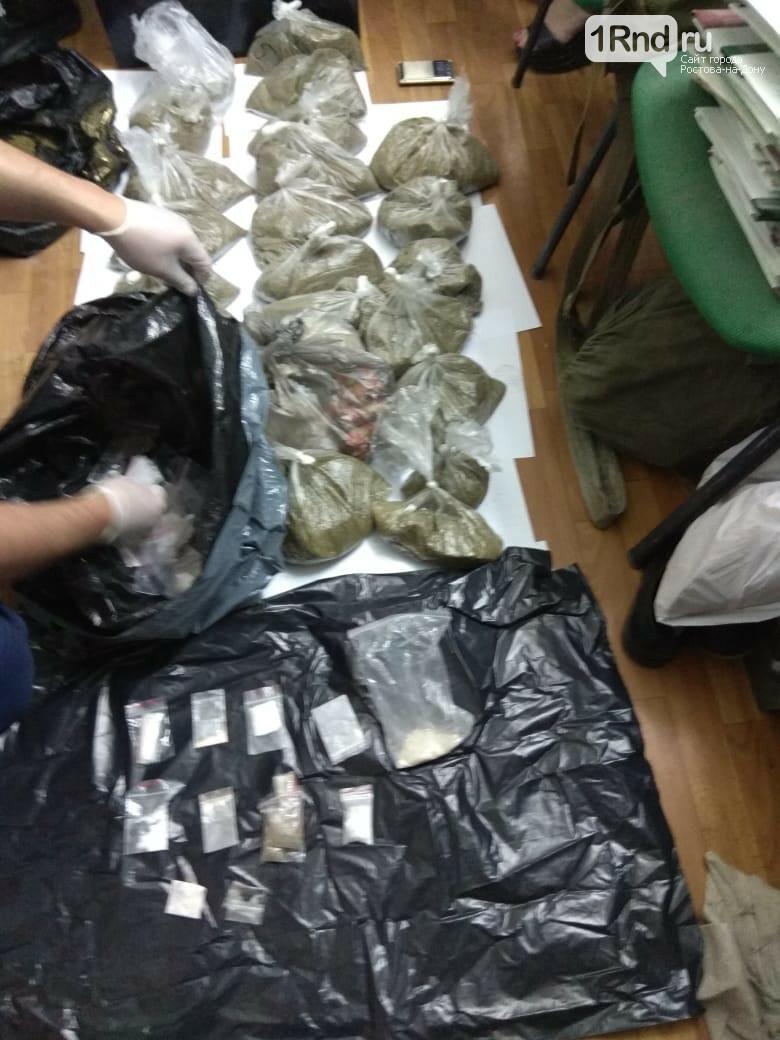 Главный борец с наркотиками Ленинского райотдела полиции Ростова объявлен в федеральный розыск, фото-1