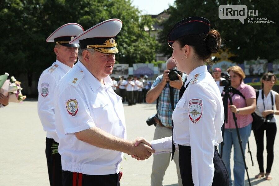 На выпуск лейтенантов в Ростовский юридический институт МВД прибыл высокий гость из Москвы, фото-3