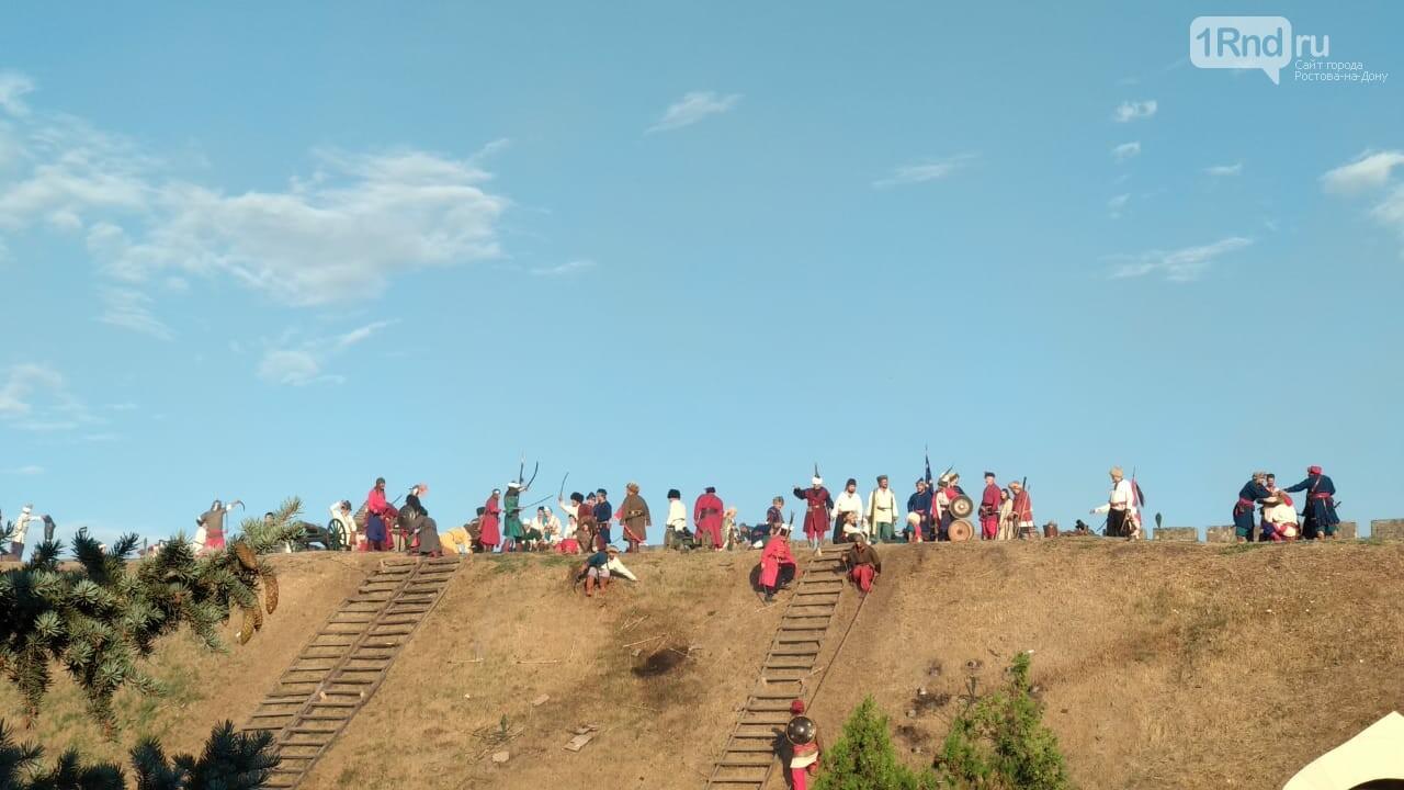 В Азове показали реконструкцию сражения донских казаков за Азовскую крепость, фото-10, Фото: 1rnd.ru