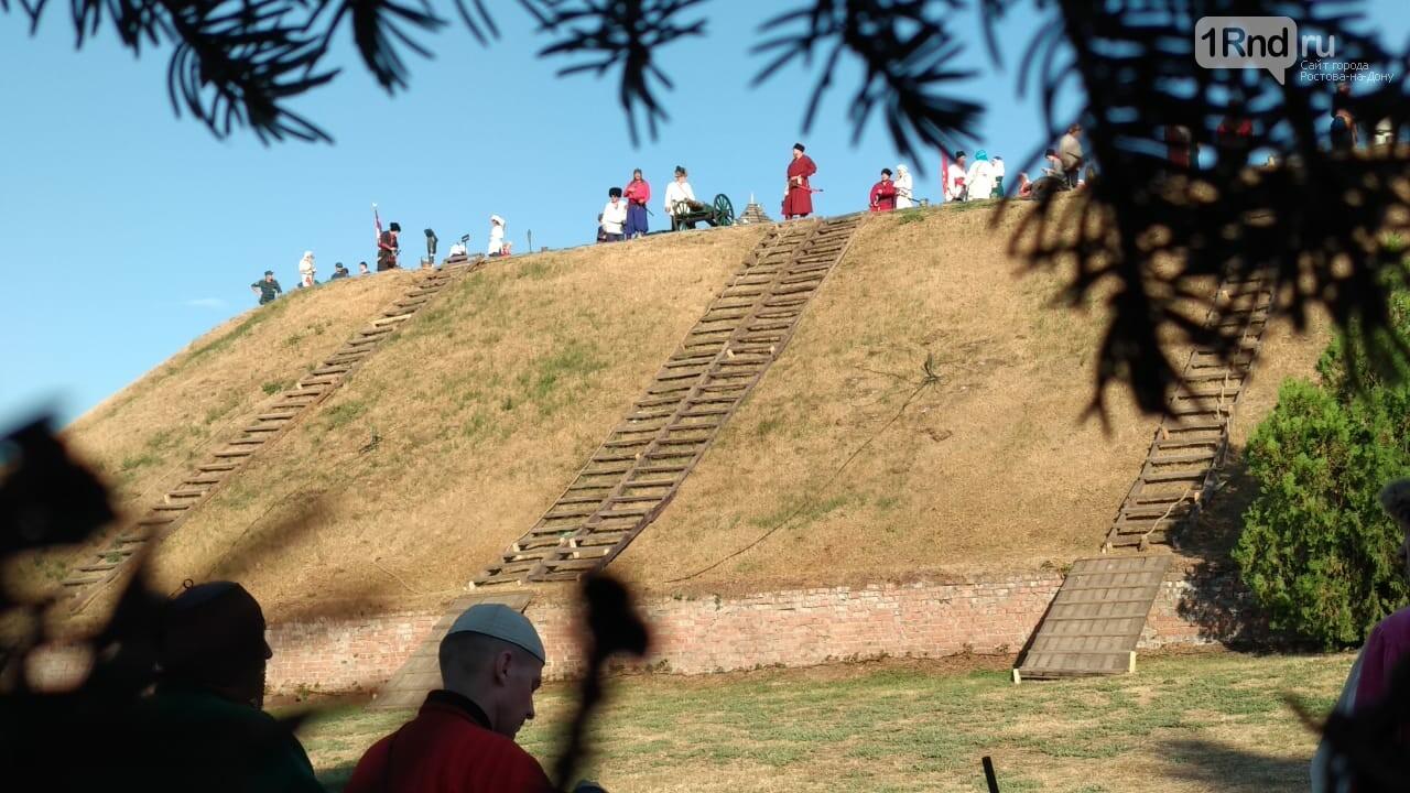 В Азове показали реконструкцию сражения донских казаков за Азовскую крепость, фото-5, Фото: 1rnd.ru