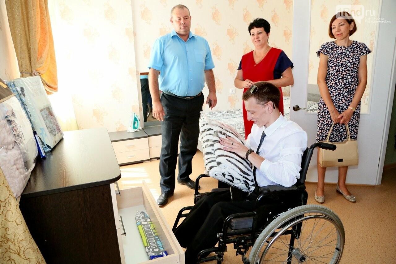 В Ростовской области для сироты с инвалидностью построили особенную квартиру, фото-8