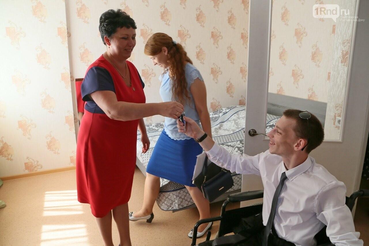 В Ростовской области для сироты с инвалидностью построили особенную квартиру, фото-2
