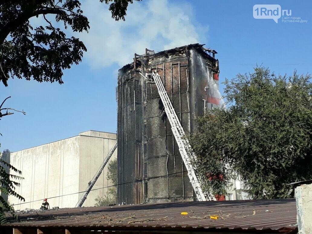 Директор стройфирмы стал обвиняемым  по делу о пожаре в ростовском отеле Torn House, фото-2