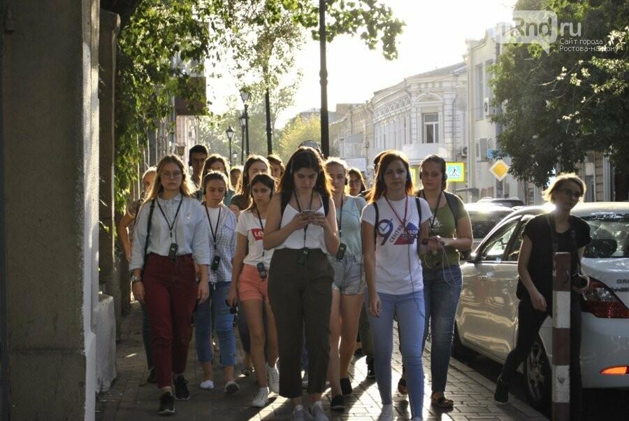 Как на Дону проходят променад-спектакли для молодых избирателей, фото-6