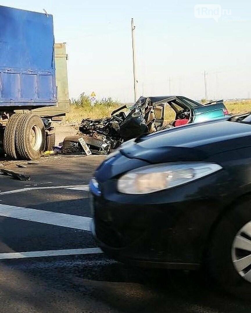 Смертельное ДТП произошло на донской трассе Батайск-Самарское, фото-1