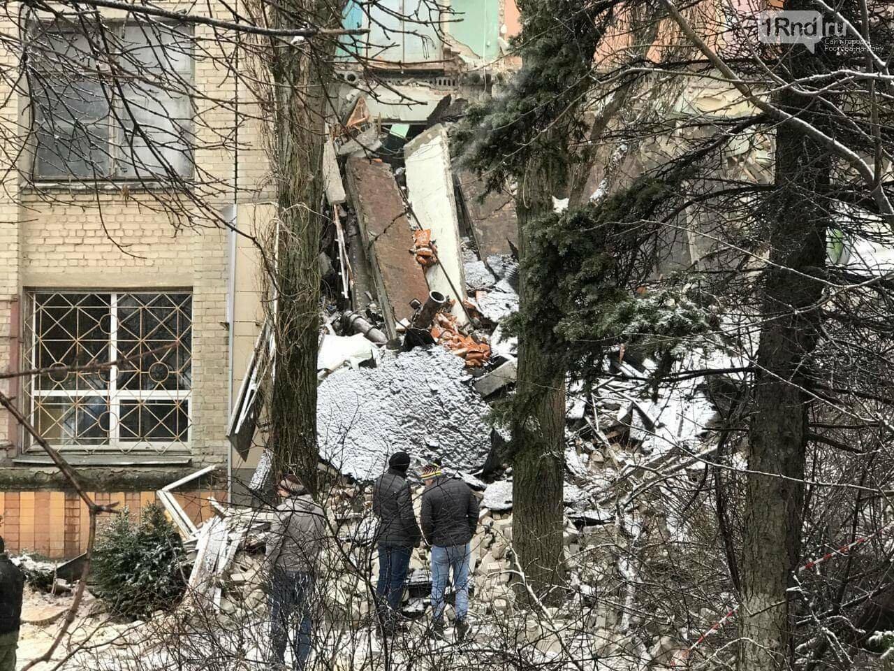 МЧС по Ростовской области: угрозы дальнейшего обрушения здания в Новочеркасске нет, фото-5