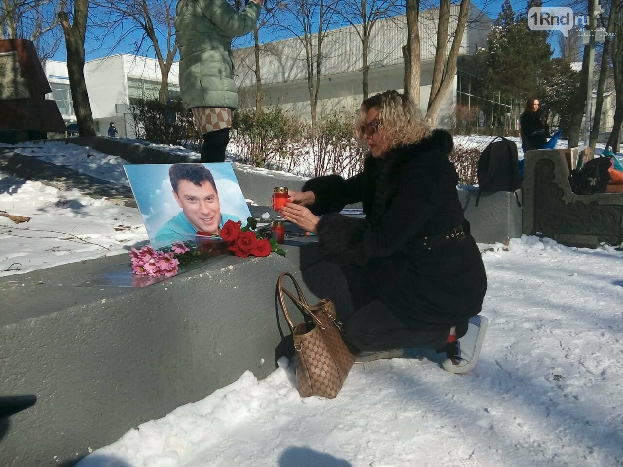 Акцию памяти четвёртой годовщины гибели Бориса Немцова проводит оппозиция Ростова, фото-4