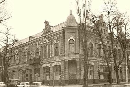 Дом Кушнарева загорелся в центре Ростова-на-Дону, фото-3