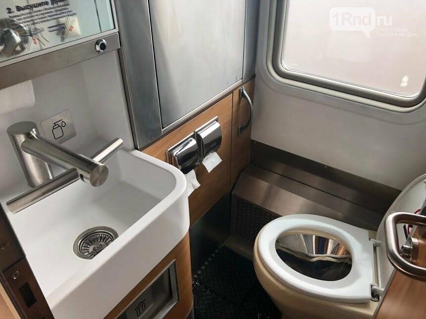 Ростовчане раскупили все билеты в первый плацкартный вагон с новым интерьером , фото-5