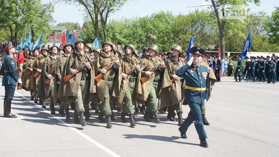 В Ростове состоялся военно-спортивный праздник «Поклонимся великим тем годам...», фото-1