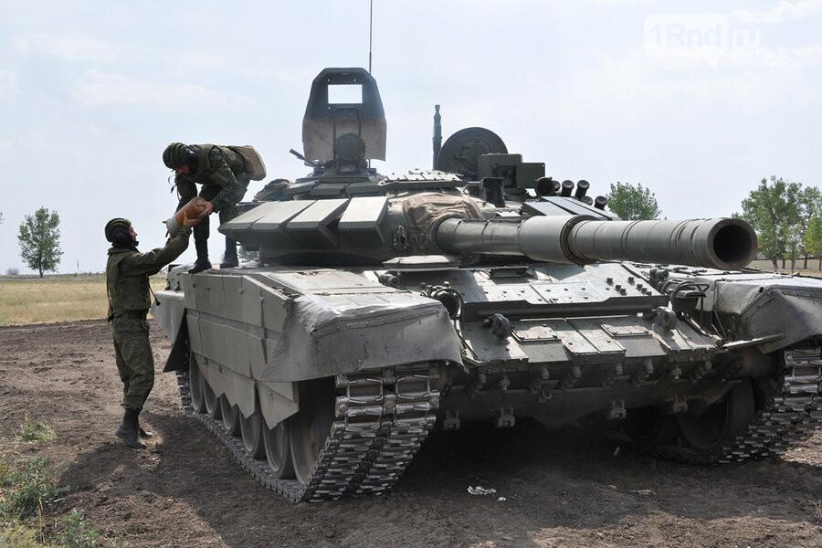 «Танковый вальс» и «Летающий танк» покажут военные ЮВО на Самбекских высотах, фото-1