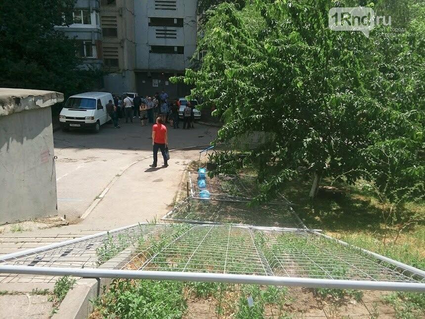Свой Екатеринбург: ростовчане не дали строителям поставить забор на спорной земле, фото-5
