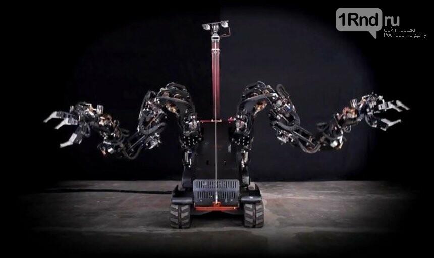 В умном доме работают роботы-помощники, фото-3