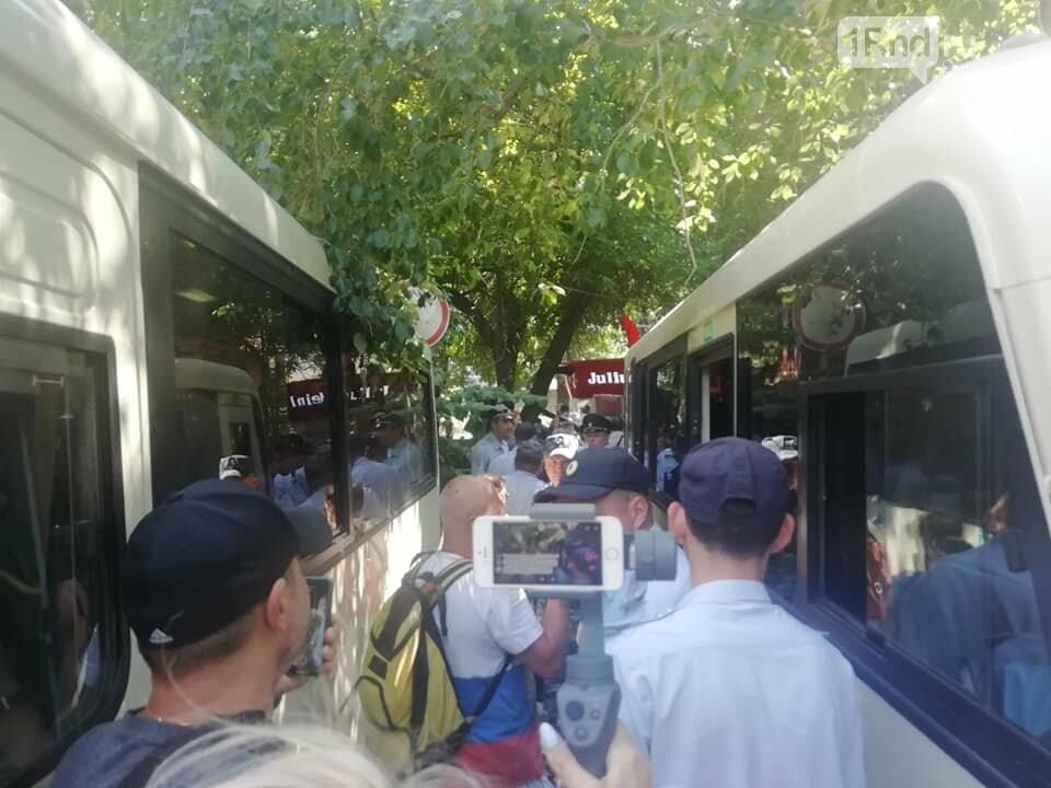 В Ростове-на-Дону начались задержания пикетчиков, фото-1