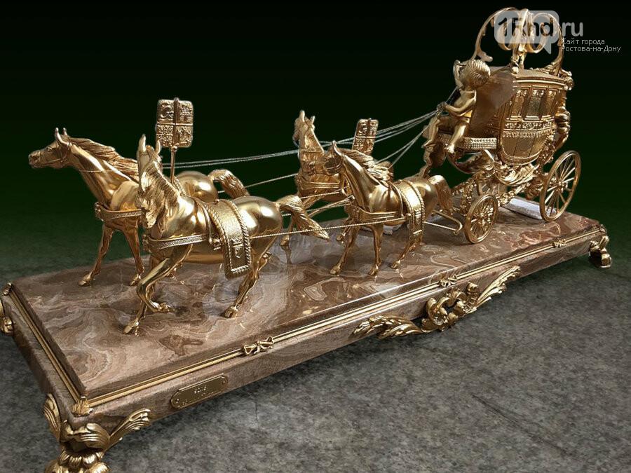 Золотые каминные часы продадут в Ростове с молотка, фото-1