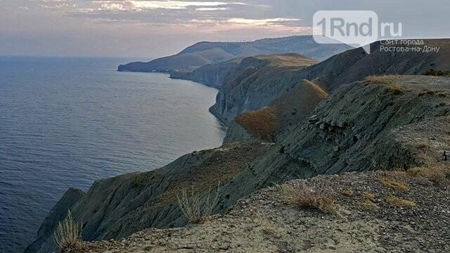 Жительница Ростовской области пропала без вести при опрокидывании катера в Крыму, фото-2