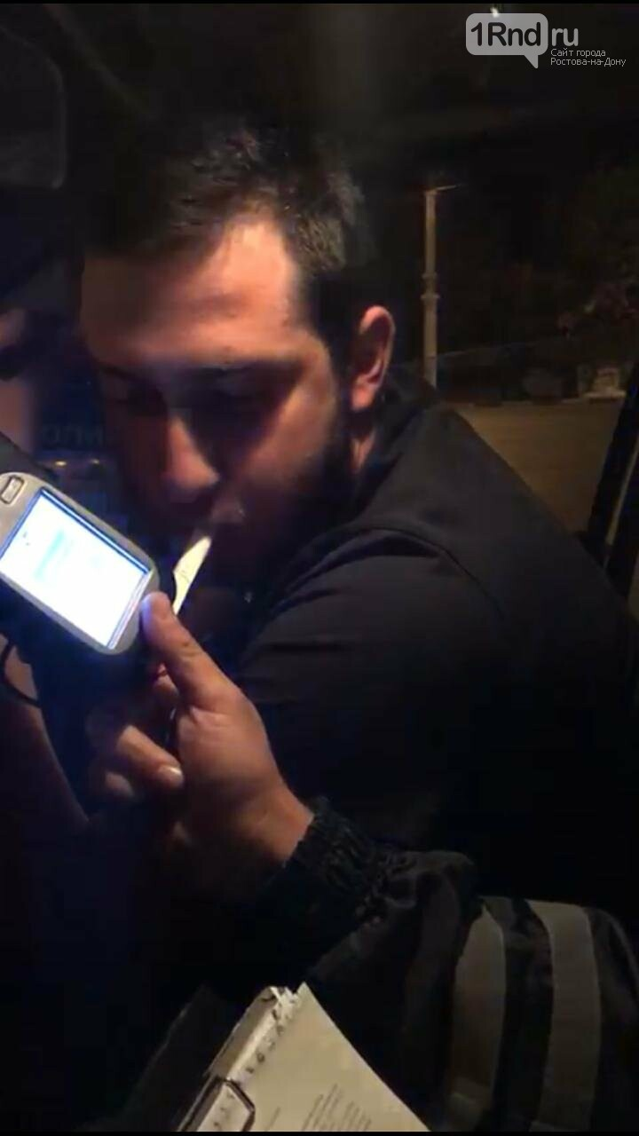 В Ростове пьяный лихач на отцовском BMW X6 протаранил две машины, фото-3