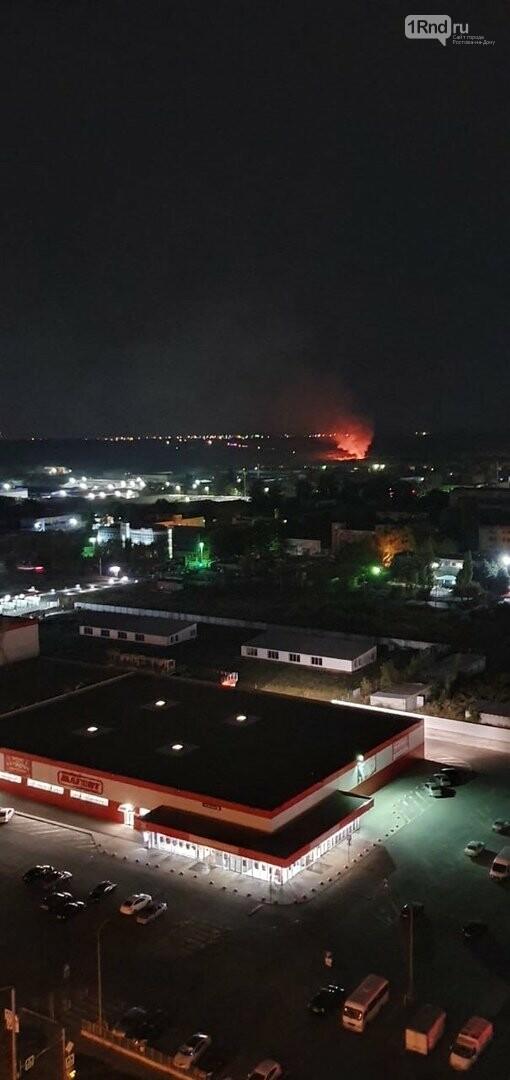 В ростовской Левенцовке потушили пожар на полигоне ТБО, фото-1