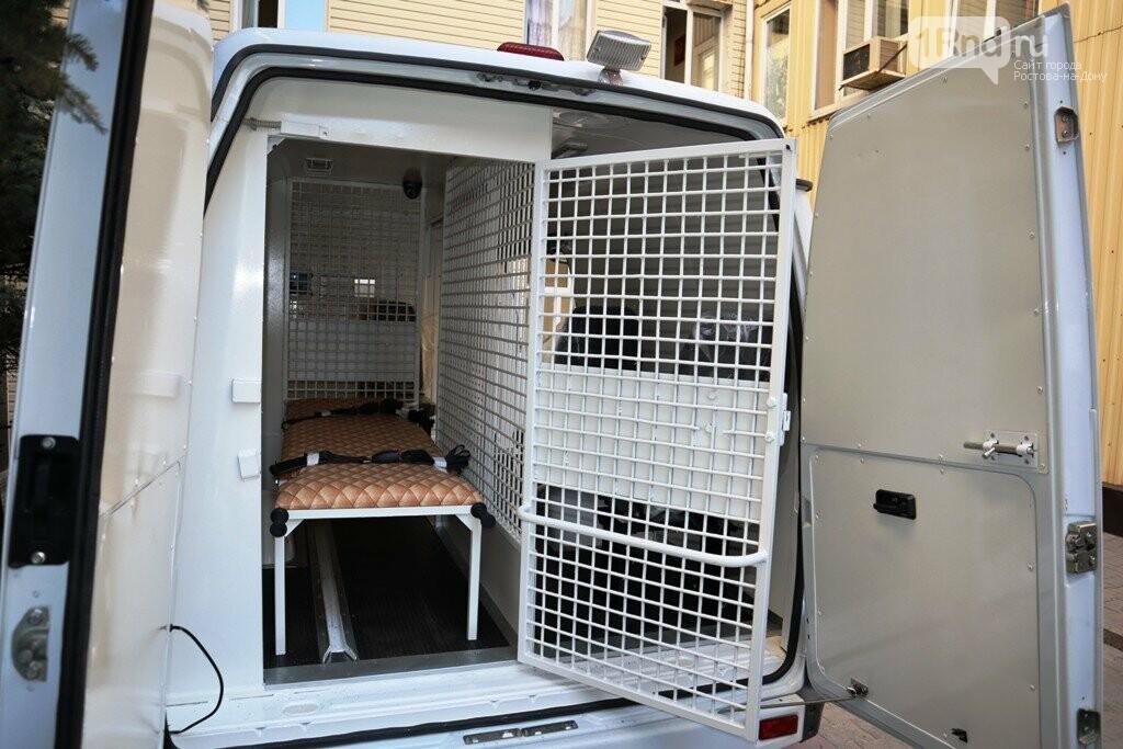 В донской главк ФСИН поступили спецавтомобили для перевозки больных осужденных, фото-2