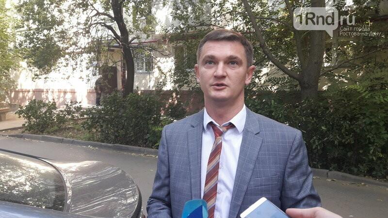 В Ростовской области ремонтируют подъезды за счет региональных бюджетных средств, фото-1