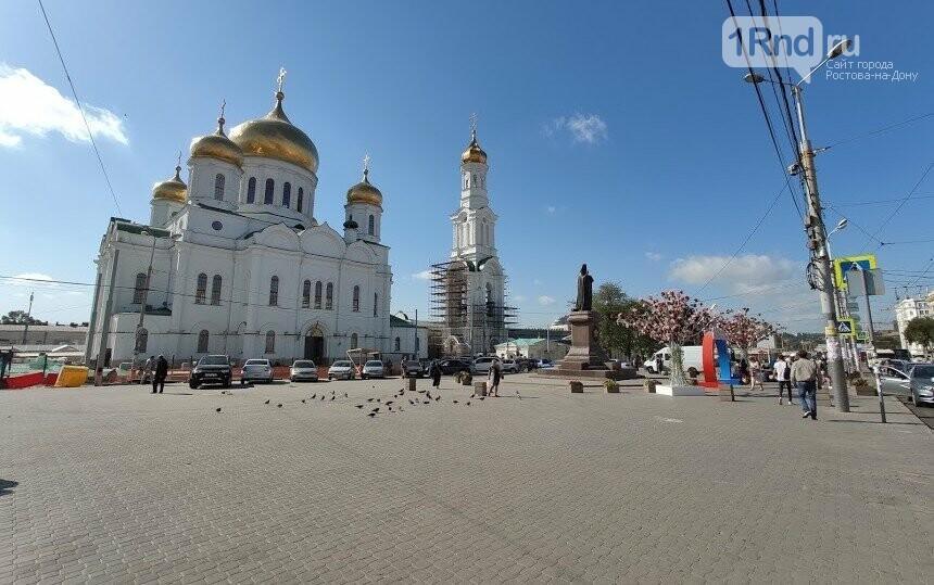 Те же кадки, только в профиль: как благоустраивают Соборную площадь Ростова, фото-8