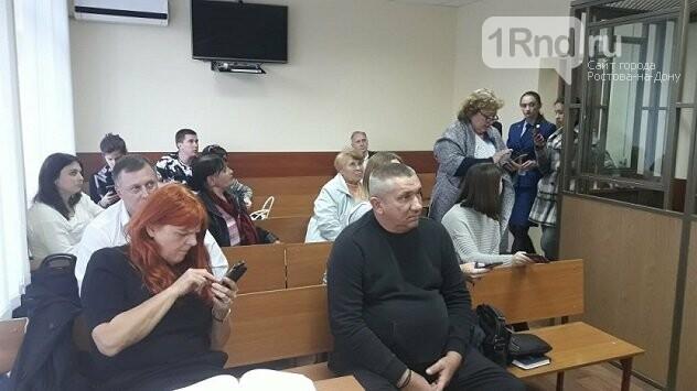 В Ростове состоялось первое заседание суда по громкому делу о погорельцах на Театральном спуске, фото-2