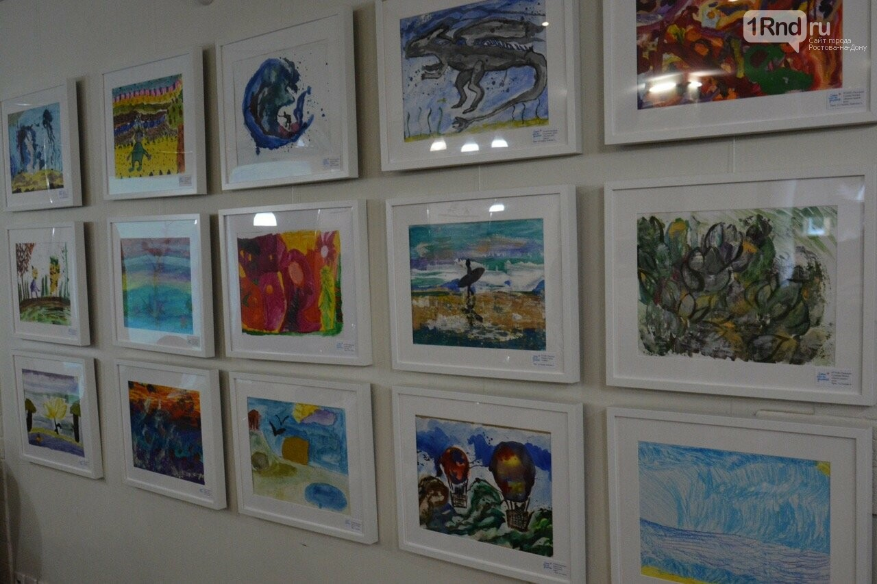 В Ростове прошла выставка работ особенных детей «Мир в красках» , фото-3